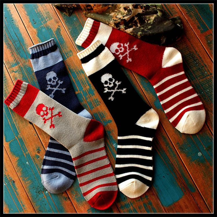 Cool long mens sock Men cotton basketball socks tie skate board socks American brand socks ysf134(China (Mainland))