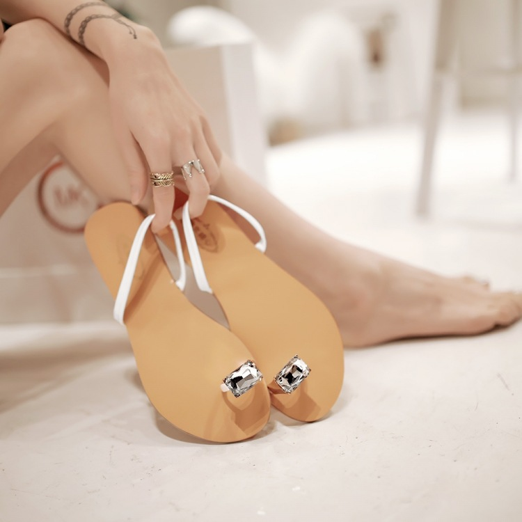 Summer outdoor beach slippers slip fashion leisure slippers pinch a female rubber Flip Flops Sandals and slippers<br><br>Aliexpress