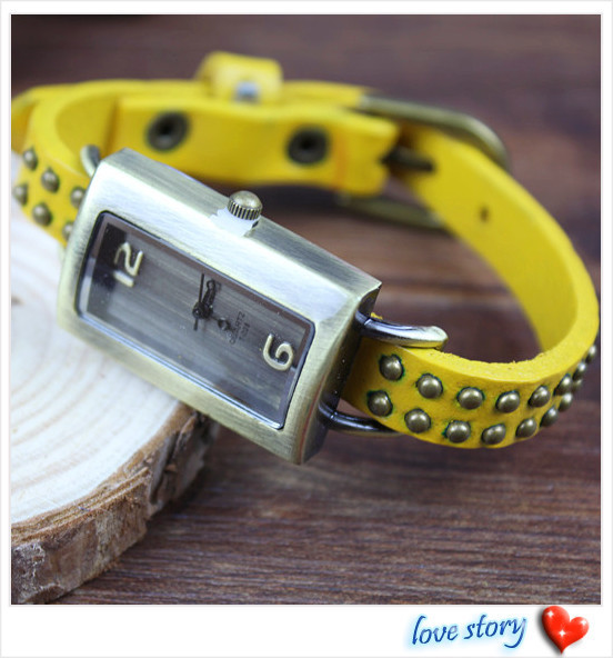 2013 hot wholesale Cow leather watches women watches Rivet design Adjustable strap Rectangular dial 3 color Free Shipping T-028