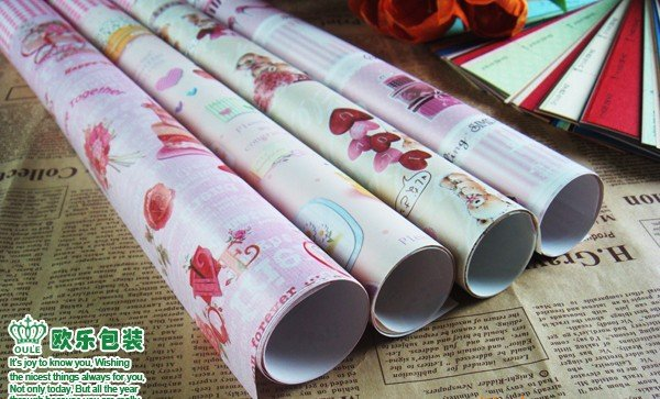 free shipping wholesale printing gift bouquet florist 61cm*93cm 20 pieces Xmas festivel package wrapping packing paper sheet(China (Mainland))