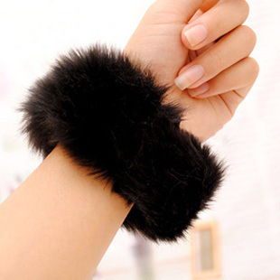 Rabbit fur cuff bracelet wrist Fur leather wrist Arm Warmers Bracelet hair bands hair rope sleeve autumn flower EMW04(China (Mainland))