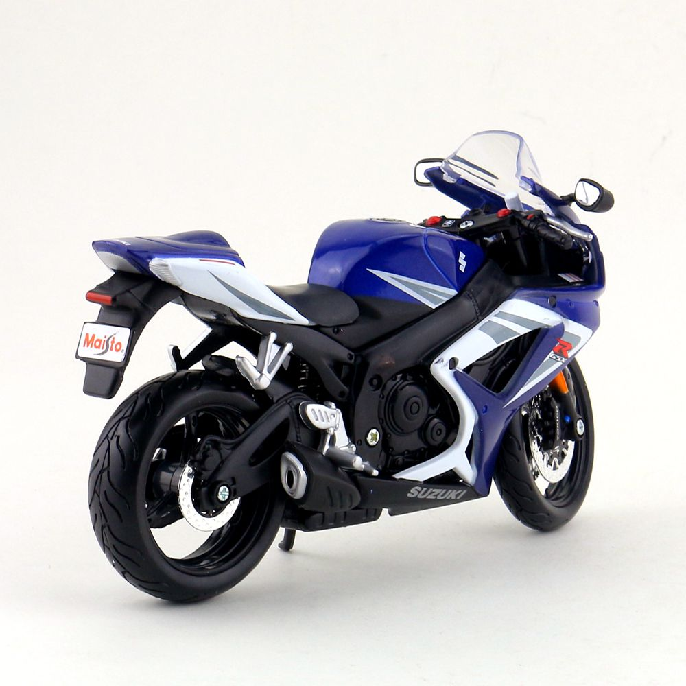 Suzuki GSX-R750 (7)