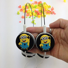 2016Best gift Cartoon Anime headhand Earphone despicable Me Minions 3.5mm Headphones For iPhone samsung MP3 player Computer kids