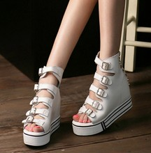 Fashion retro black white girls street wear high top sandals 2016 lady peep toe back zipper rivet muffin gladiator shoes