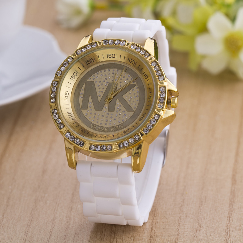 2015 new style quartz watch, brand watch. Ladies watches, casual fashion silicone watches. High-grade diamond gift table.(China (Mainland))