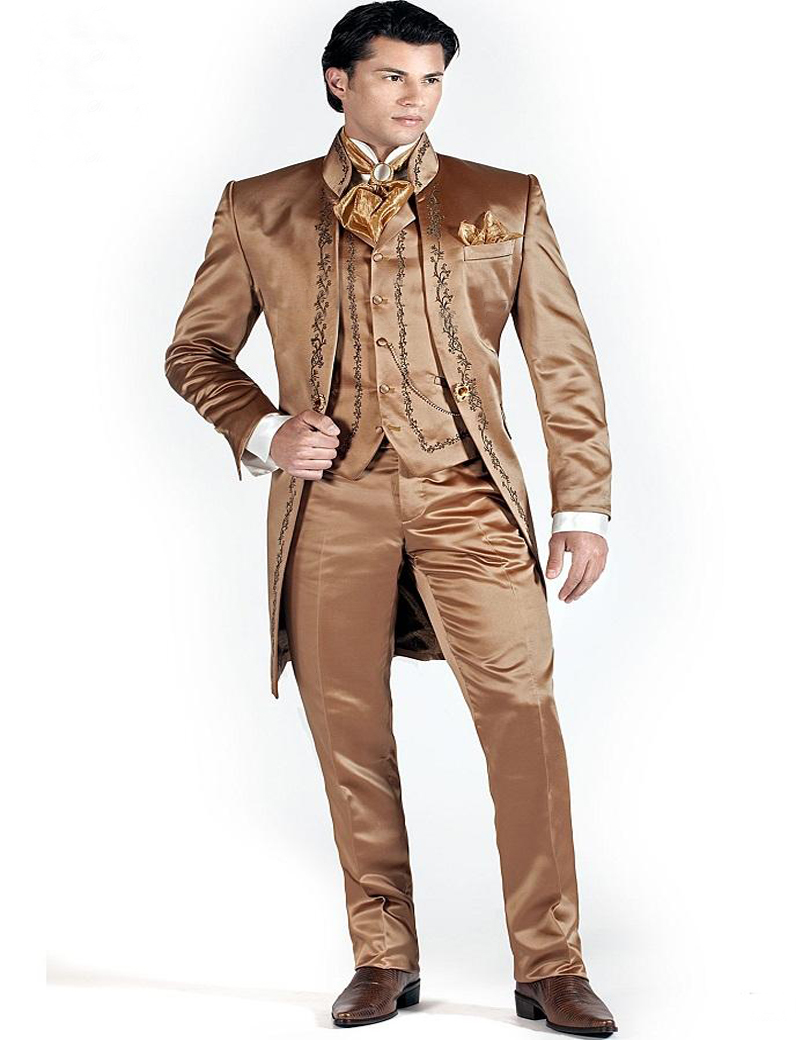 2016 Gold Embroidery Brown Wedding Suit For Men Stand Collar Mens Suits Bridegroom Italian Custom(jacket+pants+vest+tie)  Одежда и ак�е��уары<br><br><br>Aliexpress