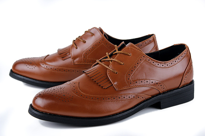 Specialist high quality men`s shoes and accessories retailer. Brands include Loake, Barker, Grenson, Crockett and Jones, Tricker`s, Alfred Sargent. Unrivalled expertise and customer service along with the unbeatable value of our Price Pledge.