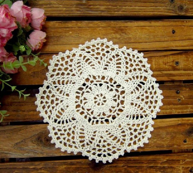 Crochet Doilies Pineapple flower Wedding Round Tablemats ...