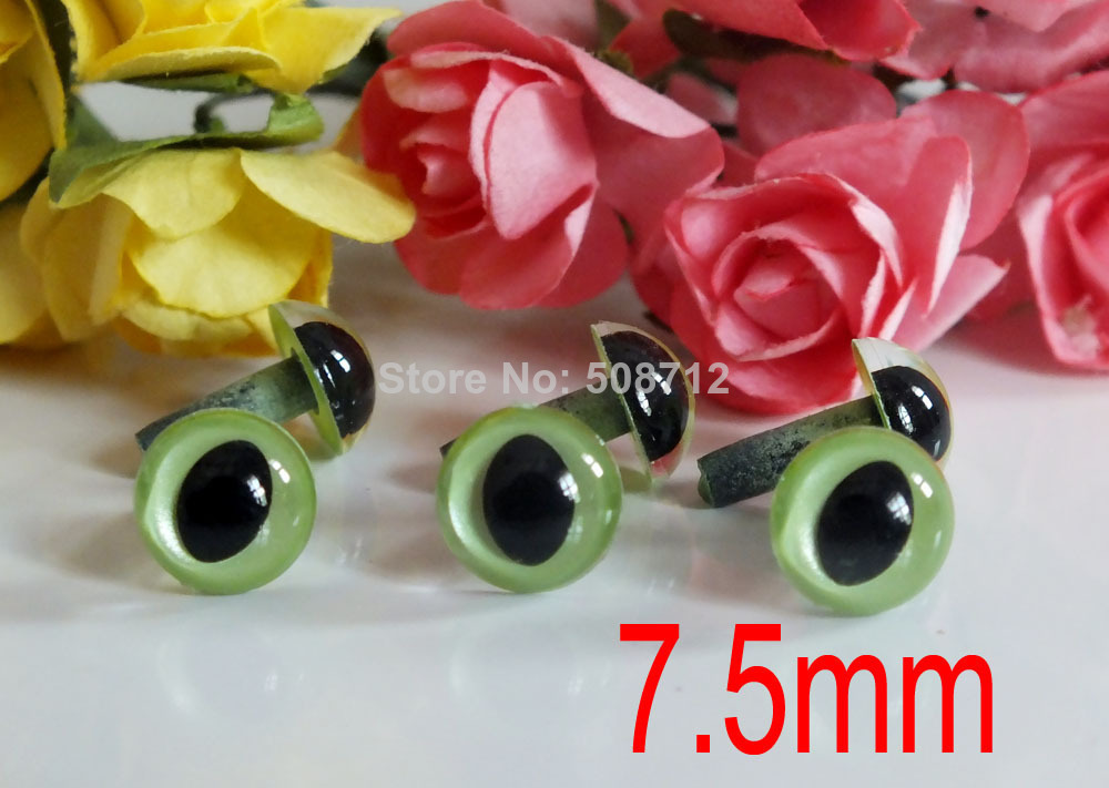 Free ship!!7.5mm Green Color Olive Cat Fish Safety Eyes for Amigurumi Toy Making Bear Supplies - 25 Pairs(China (Mainland))