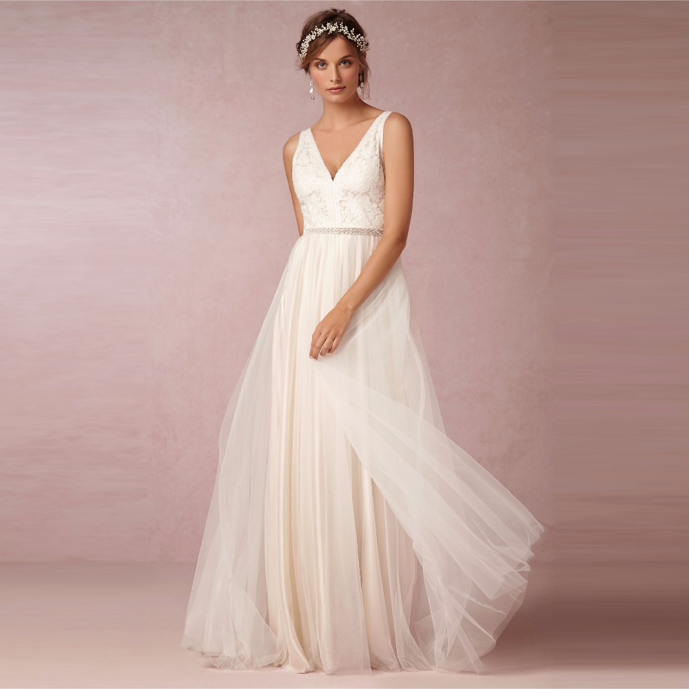 2016 romantic bohemian beach lace wedding dresses sexy v for Vintage open back wedding dresses