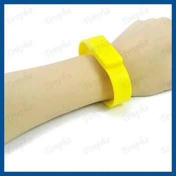 Free shipping  MOQ just 1pc  popular  yellow  color sillicone bracelet USB pendrive  2gb 4gb 8gb 16gb 32gb