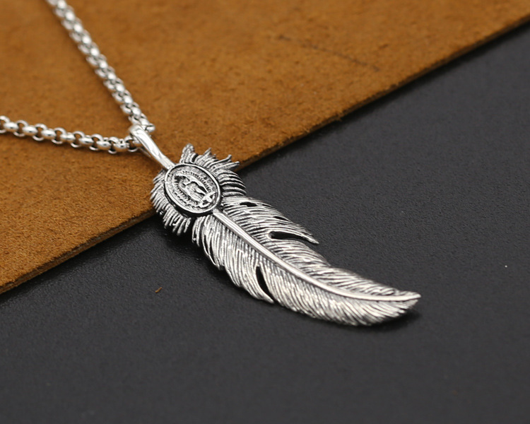 Free postage Wholesale S925 Silver Eagle feather handicraft styles of men and women in Japan and South Korea the pendant(China (Mainland))