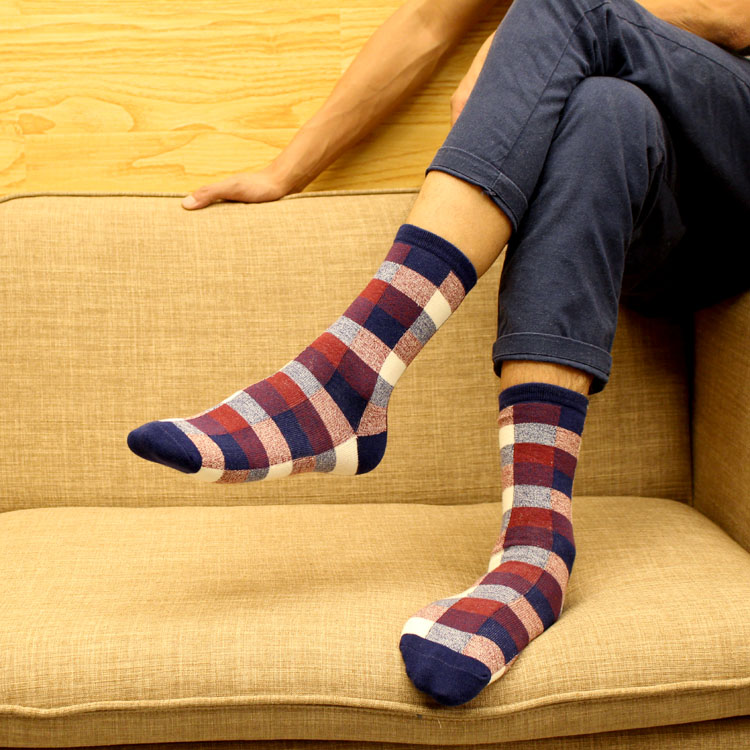 New Autumn Winter Cotton Dress Socks Mens Crew Socks Besiness Classic Plaid Socks Fashion Colorful Leisure Sokken Cool Long Sox(China (Mainland))