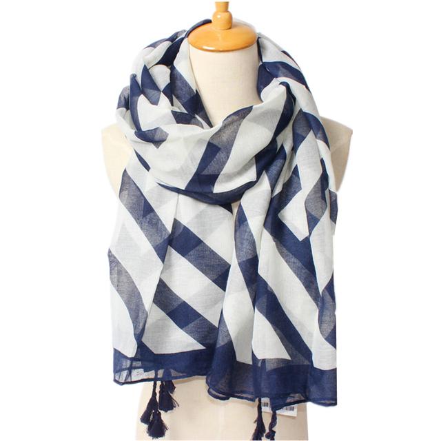 Бесплатная доставка 2016 падение мода для женщин шарф длинный платок темно-синий диагональные полосы шелковые шарфы с большой кисточкой