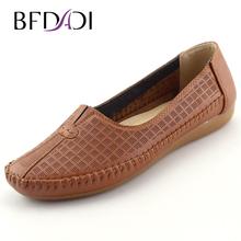 BFDADI Large Size 2016 Women Summer Hole Shoes Slip-on Women Flats Comfort Shoes Women Moccasins Feminine Anti-skid Flats 092(China (Mainland))