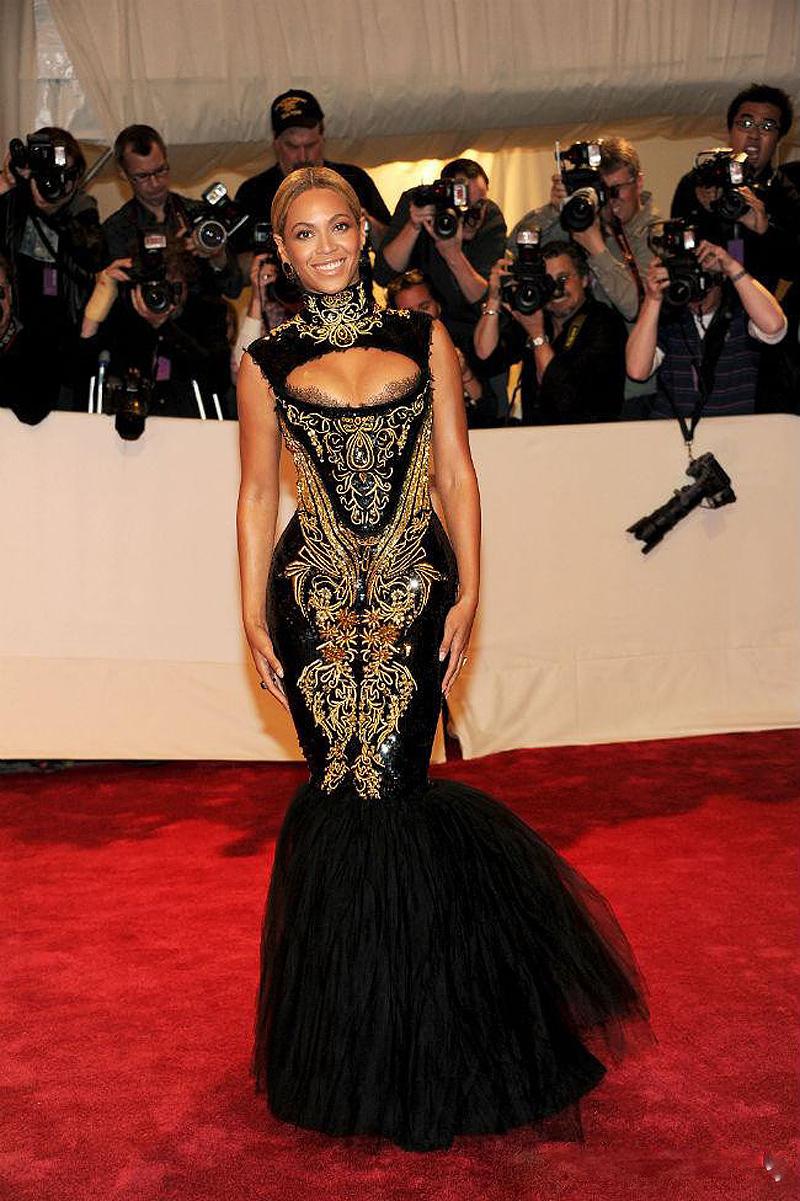 Hot Sexy Beyonce Met Gala