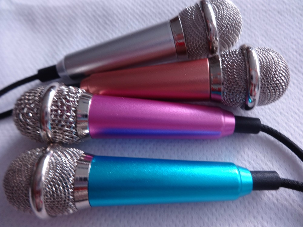 10pcs/lot 3.5mm Wired  Portable Mini karaoke Microphone Studio Speech microfono For iphone and Android Smart Phone Gadgets