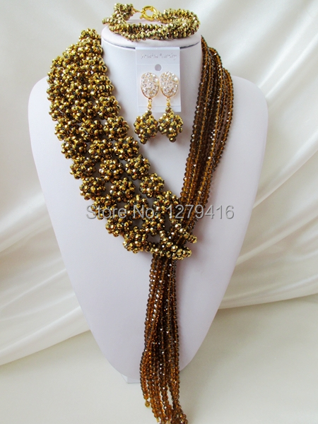Fashionable luxurious wedding jewelry in Nigeria Africa bead set the bride set necklace bracelet earrings wedding outfit   A1335