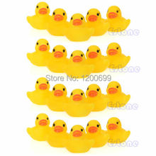 F98 hot -selling Lots Yellow Baby Children Bath Toys Cute Rubber Squeaky Duck Ducky 20Pcs free shipping(China (Mainland))