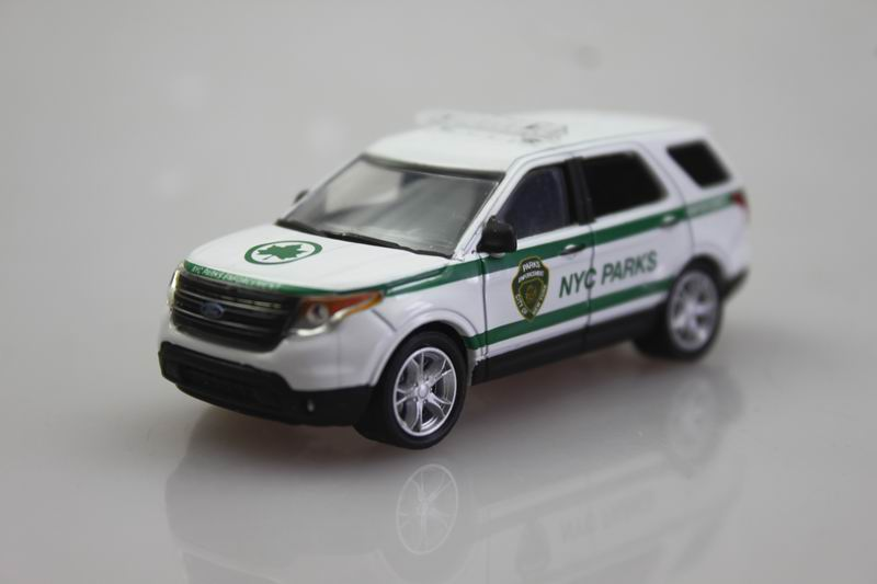 SUV red GreenLight 1/64 2014 Ford Explorer Alloy car model(China (Mainland))