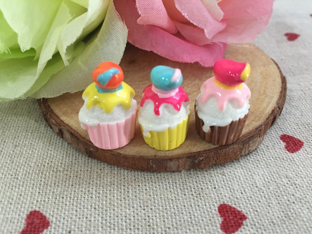 Free shipping! Resin kawaii cream cake . Resin Flatback Cabochon for phone decoration,DIY .12*20mm(China (Mainland))