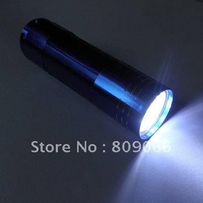 promotion aluminum  9pcs white strong LED differrent color flashing light with 3AAA battery   (blue, red, metal, black)