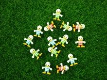 200pcs/set Three Color mixed Donald Duck Mini Capsule Figures