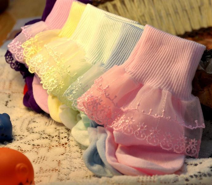 Оптовая 100pairs/lot милые девушки кружева носки балета носки детские танцы лодыжки носки Детские пинетки