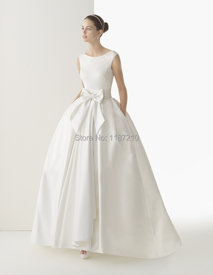 custom made ball gown backless wedding dress with pockets bowknot cap