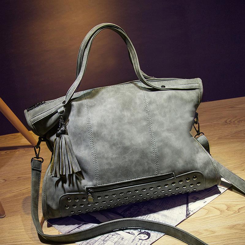 2015 new winter Rivet motorcycle bag handbag vintage handbag Women shoulder messenger bags Lady big bag