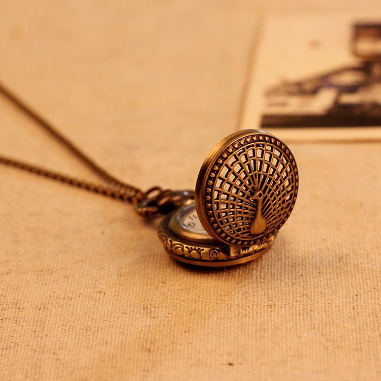 Small Peacock Pattern Retro Vintage Pocket Watch Women Necklace Quartz Alloy Pendant With Long Chain Wholesale