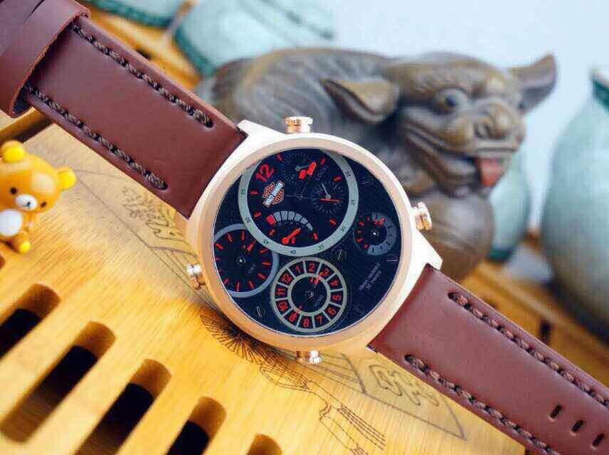 Fashion exquisite business men quartz watch, leather strap, sapphire mirror, free postage <br><br>Aliexpress