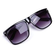 Men s Sunglasses 2015 Hot Oculos Vintage Rivet Sun glasses Women Brand Designer Sports Coating Eyewear