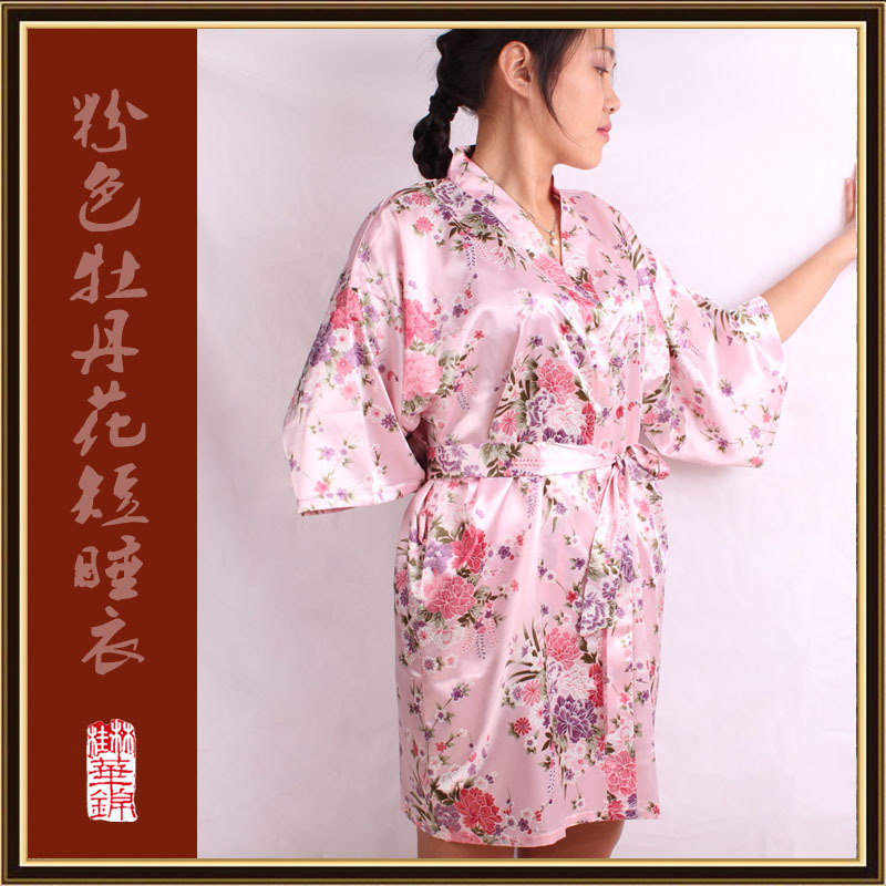 Women Silk Satin Short Night Robe Solid Kimono Robe Fashion Bath Robe Sexy Bathrobe Peignoir Femme Wedding Bride Bridesmaid Robe(China (Mainland))