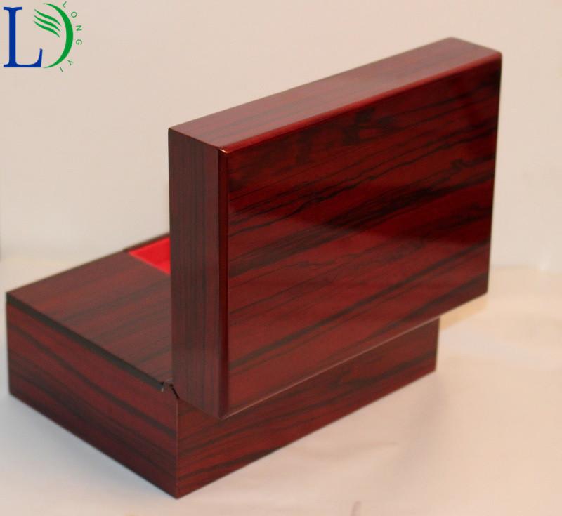 wooden box (8)_