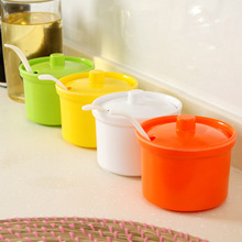 Free shipping creative kitchen supplies seasoning box with lid with a spoon melamine seasoning cans, kitchen cruet C1493(China (Mainland))