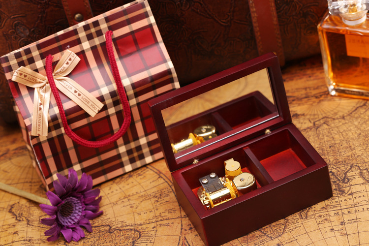 18 Note Winding Wooden Jewelry Musical Box golden movement with Mirror and Velvet music box play Castle in the Sky Free shipping(China (Mainland))