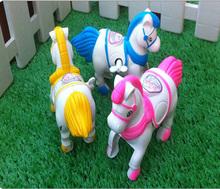 Маленькая игрушка цепи на лошади коне ветра до лошадь игрушки прыжки лошади новое поступление