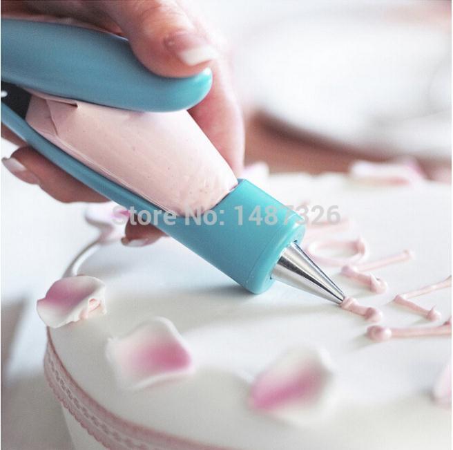 Nozzles Set Tool Dessert Decorators Cake Decorating Icing Piping Cream Syringe Tips Muffin Cake Pastry Pen Bag(China (Mainland))