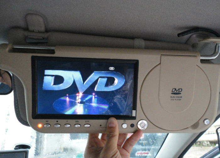 2015 Newest automobile car sun visor monitor dvd and sd and usb video from GPS and any media free shipping(China (Mainland))