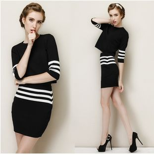 European Fashion Pullover Knitted Sweater Hoodies Top Skirt Set For Women 2 pcs Clothing Set Black Suit Stripe  Casual Clothes