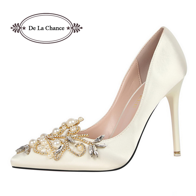 2017 Spring Summer Pearl Rhinestone High Heels Women Wedding Shoes White Diamond Bride Crystal Shoes Bridal Party Shoes Woman(China (Mainland))