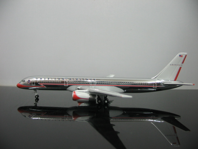 1:500 StarJets American Airlines 757 plating N679AN aircraft model(China (Mainland))