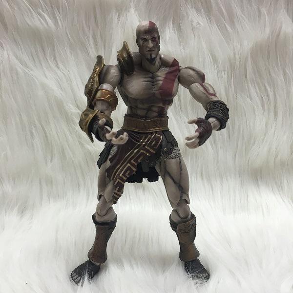 J.G Chen SQUARE ENIX PlayArts KAI God War Kratos PVC Action Figure Collectible Model Toy 22cm
