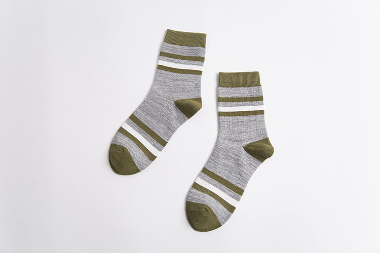 20Pairs/Lot 2016 autumn and winter new Japanese stripes spell color men socks cotton men's tube socks wholesale