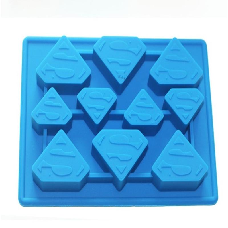 Hot new creative Superman Spiderman Batman logo chocolate ice lattice ice maker mold free shipping(China (Mainland))
