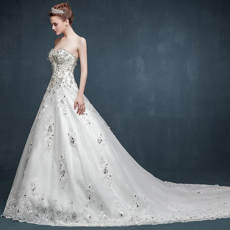 New European good quality handmade heart-shaped diamond luxury trailing Bra princess wedding dress can be customized(China (Mainland))