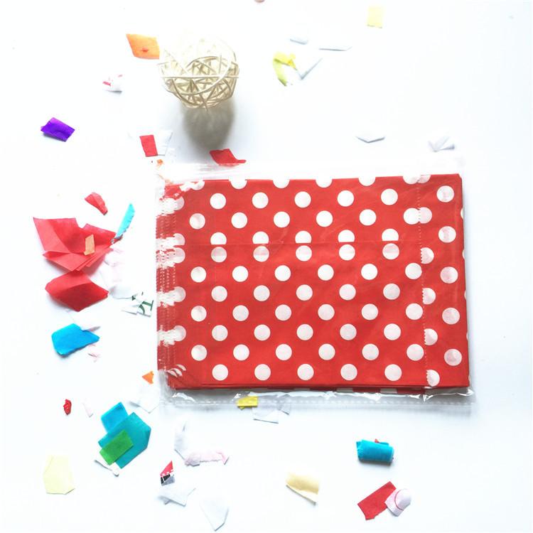 Paper Candy Bags Wedding Favors 25pcs/Lot 13*16cm Paper Candy Bag Polka Dots Paper Candy Bags Wedding Paper Decoration(China (Mainland))