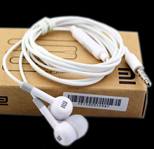 Xiao mi 2 In-Ear Earphone with Mic and control operation For Xiao mi m1 m2 m3 Note and Samsung mobile phones with retail box
