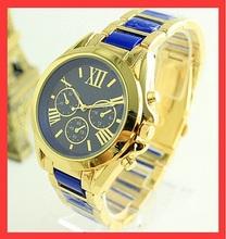 Ventas calientes de lujo Gold marca aleación de Reloj relojes Mujer hombre Reloj Digital del cuarzo del diamante del Reloj de pulsera Casual Reloj Mujer M78